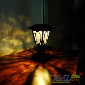 โคมไฟหัวเสาโซล่าเซลล์ สีน้ำตาล (อะลูมิเนียม) (เเสง : เหลืองวอมไวท์)