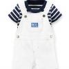 Carter's : ชุดเอี๊ยมสีขาว (เฉพาะ เอี๊ยม) ผ้า cotton เนื้อนิ่ม สวย ใส่ได้ทั้ง ช / ญ size 6m
