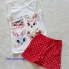 H&M : set เสื้อกล้ามสีขาว+กางเกงขาสั้นสีแดง ลายแมว (งานติดป้ายผิด) size : 8-10y