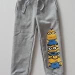 H&M : กางเกงขาจั๊ม สกรีนลายมินเนียน สีเทา