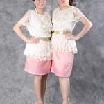 เช่าชุดไทย&#x2665 ชุดไทย ร.7 เสื้อลูกไม้สวยหรู ใส่กับซิ่นสั้น