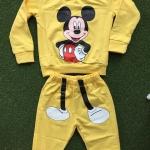 Moccs : Set เสื้อแขนยาว+กางเกงขายาว สกรีนลาย มิกกี้เมาส์ สีเหลืองSize : 7y