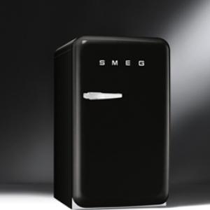 ตู้เย็น SMEG รุ่น FAB10RNE (สีดำ)
