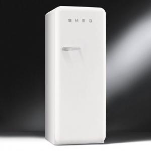 ตู้เย็น SMEG รุ่น FAB28RB1 (สีขาวมุก)
