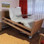 เตียงไฟฟ้า ที่สามารถปรับได้เหมือนนั่ง ด้วยเทคโนโลยีที่เรียกว่า Reverse Trendelenburg (ศีรษะสูง ปลายเท้าต่ำ) จากเยอรมันครับ
