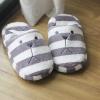 รองเท้าหมี CRAFT ลายขวางเทาขาว