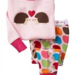 Pre-ขุดนอน Baby Gap แขนยาว ลาย เม่น in love