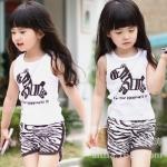 ชุดเด็ก เสื้อลายม้าลายกับกางเกงขาสั้นลายสีน้ำตาล น่ารักสไตล์เกาหลี