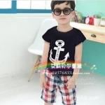 ชุดเด็ก เสื้อสีดำและกางเกงลายสก็อต มีขนาด 100-140