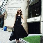 เสื้อผ้าแฟชั่นสไตส์เกาหลี  เดรสยาวเว้าหลัสุดเริ่ด  สีพื้น เข้ารุปเปรี้ยวสุดๆค่ะ  สีดำ   +พร้อมส่ง+