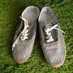 รองเท้าผ้าใบ ( สินค้าใหม่)