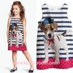 H&M ชุดกระโปรงลายน้องหมา ริ้วนำ้เงิน มีซับใน ทรง A นิดๆ ใส่ขึ้นน่ารักมากค่ะ size 2-12