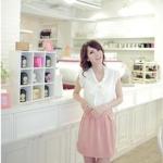 เสื้อผ้าแฟชั่นสไตส์เกาหลี เดรสทำงาน ตัวเสื้อผ้าชีฟองสีขาวแขนกุดแต่งโบว์ด้านหน้า กระโปรงผ้าฝ้ายสีชมพู +พร้อมส่ง+