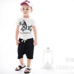 ชุดเด็ก เสื้อลายม้าลายกับกางเกงสีดำ น่ารักสไตล์เกาหลี