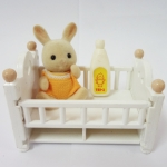 Sylvanian Families : Rabbit Baby Set(Baby Bed)