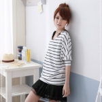 เสื้อผ้าแฟชั่นสไตส์เกาหลี เสื้อตัวใหญ่จั้มลายสีขาว แขนสั้นจั้ม  +พร้อมส่ง+