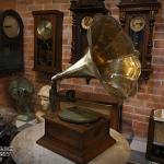 เครื่องเล่นแผ่นครั่ง columbia gramophone ปี1933-1961 รหัส13860cg