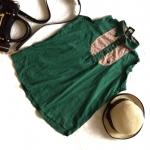 Muuya moya เสื้อแขนกุดสีเขียว