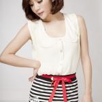 เสื้อผ้าแฟชั่นสไตส์เกาหลี เสื้อแซกติดกระดุม แต่งคอกระเช้า สีขาว  ไม่มีกระโปรงนะค่ะ +พร้อมส่ง+