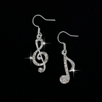Music Lover My Melody CZ Earing ต่างหูประดับเพชร cz รูปกุญแจซอลและตัวโน๊ต สำหรับสาวรักดนตรี