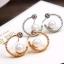 สวยใสสไตล์เกาหลีด้วย Circle Pearl Gold Earing ต่างหูสีทองรูปวงกลมแต่งมุก thumbnail 2