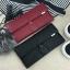 Classic Day Clutch Black Wallet กระเป๋าสตางค์ทรงยาวสีดำแบบเรียบหรู รับทรัพย์คนเกิดวันจันทร์ กระเป๋ายาวใส่มือถือได้ thumbnail 5