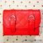 กระเป๋าสะพายข้าง สีแดงสด เย็บเดินลายทั้งใบ ทรงกล่องสีเหลี่ยม thumbnail 1
