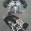 Black Spiderman (งานลิขสิทธิ์) ชุดแฟนซีเด็กแบล๊ค สไปเดอร์แมน ชุด 3 ชิ้น เสื้อ กางเกง และหน้ากาก ให้คุณหนูๆ ได้ใส่ตามจิตนาการ ผ้ามัน Polyester ใส่สบายค่ะ หรือจะใส่เป็นชุดนอนก็ได้ค่ะ size S thumbnail 1