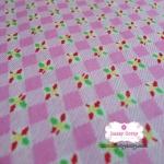 ผ้าคอตตอนไทย 100% 1/4 เมตร พื้นสีชมพูอ่อน ลายตาราง ดอกไม้