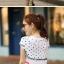 เสื้อยืดแฟชั่น สกรีนลายเสมือนผูกผ้าคลุมไหล่ thumbnail 2