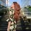 เดรสแฟชั่นต้อนรับซัมเมอร์ สดใสด้วยลายดอกไม้สีสวยตัดกับชุดทรงเก๋ๆ thumbnail 9