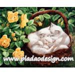 กระดาษสาพิมพ์ลาย สำหรับทำงาน เดคูพาจ Decoupage แนวภาำพ ลูกแมวขนขาว 3 ตัว นอนหลับพับอยุ่ในตระกร้าหวายในซุ้มกุหลาบเหลือง A5