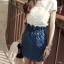 Pre Order - เซตเสื้อ+กระโปรงแฟชั่นเกาหลีคนอ้วน ไซส์ใหญ่ เสื้อยืดสีขาวเย็บดอกไม้ดอกใหญ่ที่หน้าอก กระโปรงยีนส์จั้มเอวสียีนส์เข้ม thumbnail 1